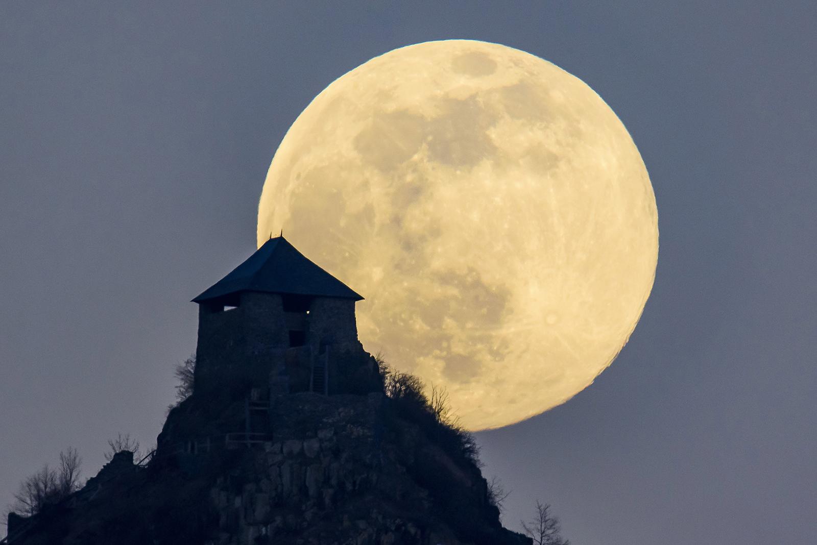 A holdfény látásra gyakorolt hatásáról Édes és látvány